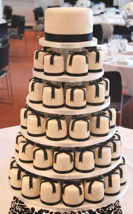 Black Bow Mini Cakes