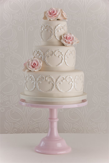 filigree-rose-wedding-cake