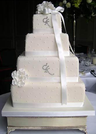 graceweddingcake.jpg