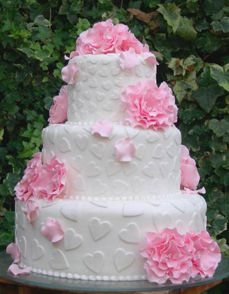Heart-wedding-cake