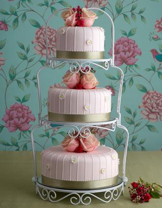 paris chic wedding cake. Black Bedroom Furniture Sets. Home Design Ideas