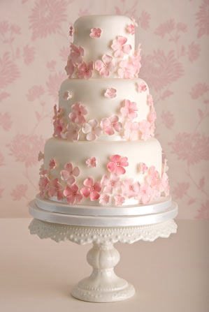 Pretty Pink Wedding Cake