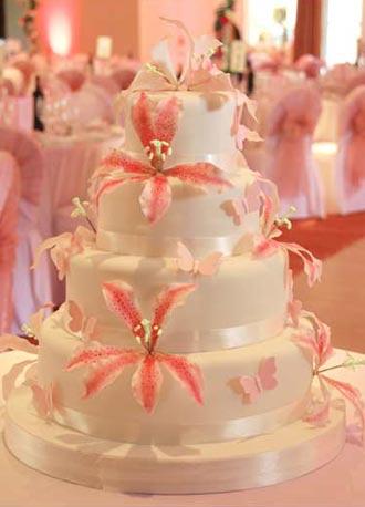 stargazerliliesweddingcake
