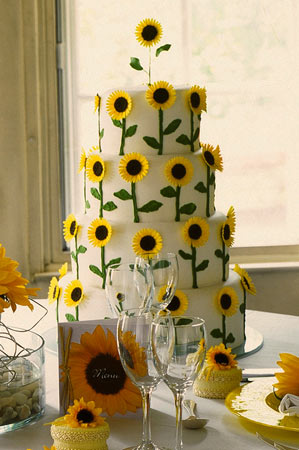 sunflowers-wedding-cake