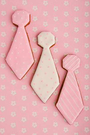 tie-wedding-cookies