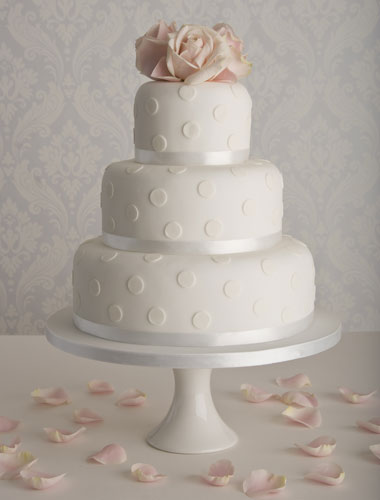 Affordable wedding cakes - Simple wedding cakes by Maisie ...